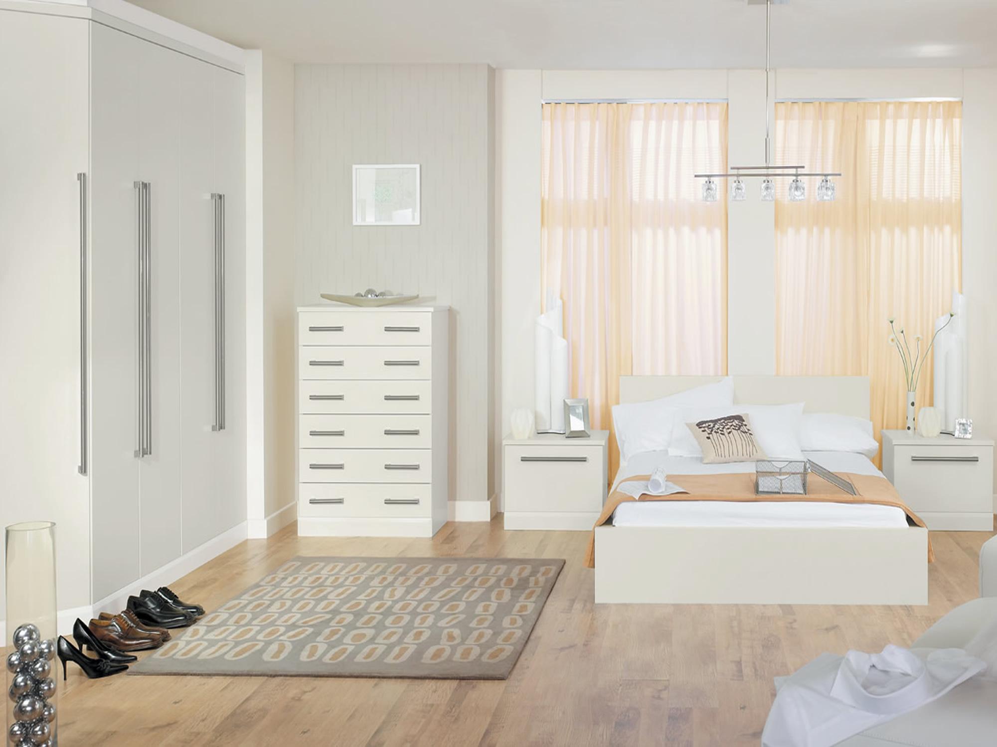 Melford Oyster Bedroom